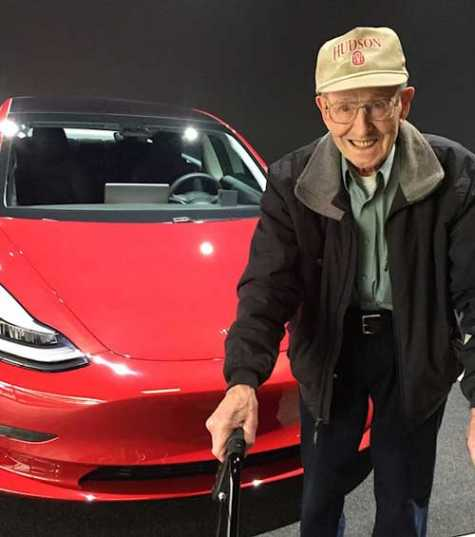 Walt picking up his Model 3 at the Tesla Factory