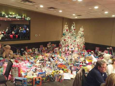 AASP-MO collected thousands of toys to donate to Toys for Tots at the 15th Annual Toy Drive and Social.