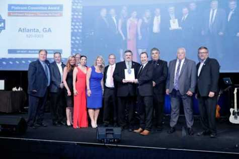 The I-CAR Atlanta Volunteer and Instructor Committee earned the Platinum Committee Award at the 2019 I-CAR Volunteer, Instructor and Assessor Conference.