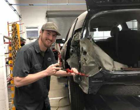 In February 2017, Kristopher Muse graduated from Mike's Auto Body's training program in Antioch, CA, and is currently working at the company's Vallejo, CA, location as a metal technician.