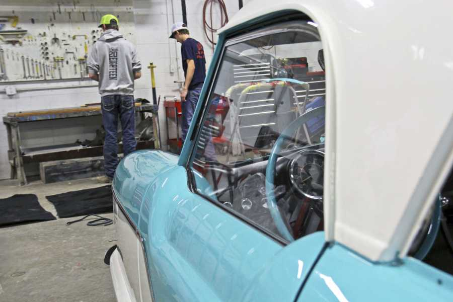 Northwest Technical School Shows Off Project Car in Maryville, MO