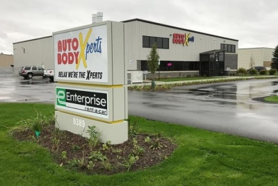 Auto Body Xperts has opened its fourth location at 9389 Riley St. in Zeeland. The new 13,000-square-foot facility can service up to 20 cars at a time and features brand new state-of-the-art equipment.