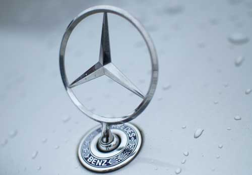 mercedes benz logo ie