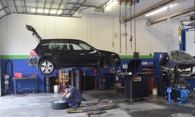Manufacturers threaten automotive workforce levels in sc for Jobs at mercedes benz charleston sc