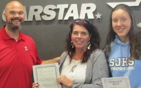 CARSTAR Ottawa South Centre – L to R: Shawn Jamieson, Donna and her daughter.