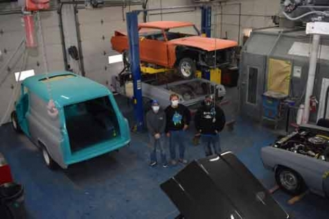 Blue Collar Body Shop to Expand, Add Services