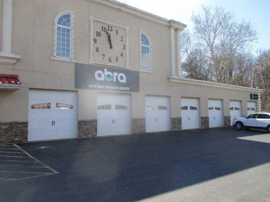 Abra Body Shop >> Abra Auto Body Repair Opens 1st Location In Maryland