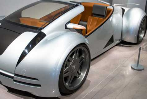 This vision of a 2054 Lexus Roadster was built for one of the personalized advertisements Tom Cruise's character is shown in 2002's Minority Report.
