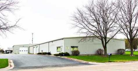 Slim-N-Hanks will be moving from its original location at 1409 W. Fourth St. into this building at 1705 Eastwood Drive in Sterling, IL, across the street from Gartner Park, and hiring three more full-time workers. The move will nearly double its space, from 10,000 to 18,000 square feet.