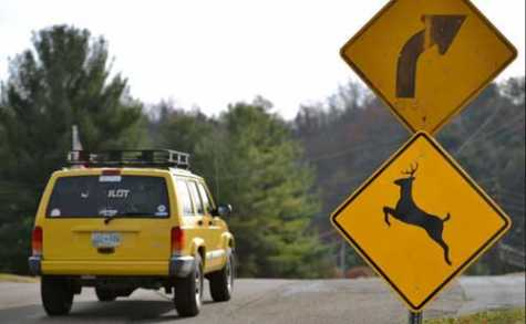 A sign near a blind curve in Blountville warns drivers about the possibility of deer being in the road.
